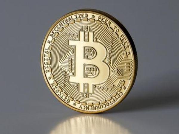 Bitcoin : कई दिनों बाद रेट में आई तेजी, जानिए कितनी करा रहा कमाई