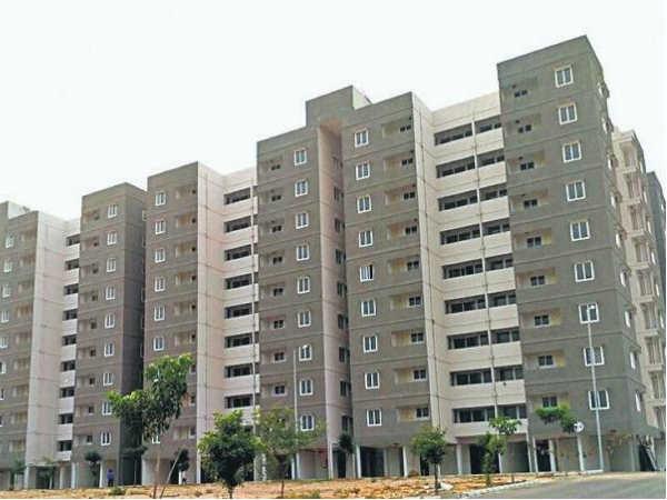 Noida : घर खरीदना हुआ सस्ता, प्रॉपर्टी की रीसेल पर ट्रांसफर चार्ज हुआ आधा