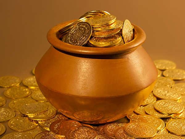 Gold : ऑल टाइम हाई से हुआ 10,000 रुपये सस्ता, चांदी भी धड़ाम