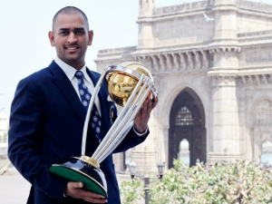 Success Story Ms Dhoni Only Indian Captain Win Icc Trophies