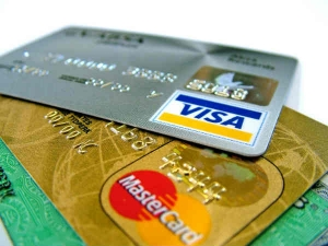 No Charges On Debit Card Transaction Up Rs 2000 Says Governm