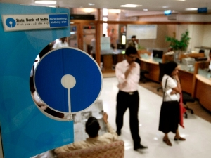 Sbi Pnb Put 15 Npas Worth Rs 1063 Crore Sale
