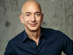 Amazon Becomes The 8th Big Company Jeff Bezos Is The Riches