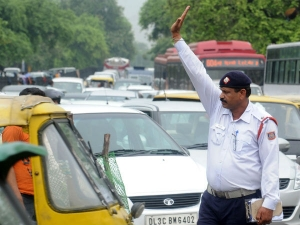 Delhi Car Owners Get New Number Plate October