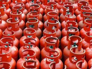 Lpg Cylinder Price Hiked From 1st October
