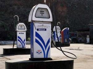 Petrol Diesel Price Decreased 12th Strait Day