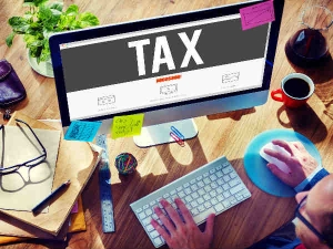 Income Tax Department Will Facilitate Pre Filled Itr From Cbdt Chief
