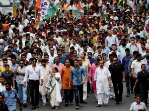 Bharat Bandh Due To Trade Unions Strike Many Service Will Be Affected