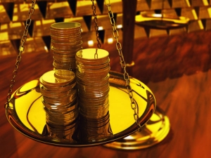 Gold Rates Decreases Silver Price Increase