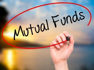 Aum Continuously Decreasing Mutual Funds Money Withdrawn Investors From Mutual Funds In February