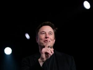 Elon Musk Tesla Can Make Its Electric Car In India Ashok Leyland Ready For Partnership