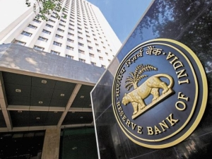 Rbi Imposes Fine On Five Companies Including Vodafone M Money And Phonepay