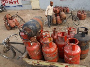 Do You Know Every Lpg Consumer Has 50 Lakh Insurance Cover