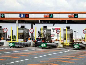 Fastag Will Be Compulsory From December 2019 On All Toll Plazas In The Country
