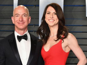 Amazon S Founder Jeff Bezos Will Give Mackenzie Dollar 38 Billion After Divorce