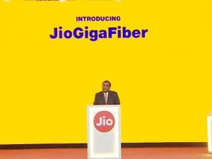 Jio Phone 3 And Gigafiber Plans May Be Announced Next Week