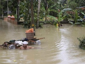 Flood Affected People Will Get Insurance Claim In 48 Hours Only