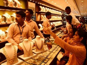 Gold Gives 18 Percent Return From Last Diwali Till This Deepavali Gold In Hindi