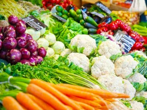 Green Vegetables Including Onions Tomatoes Are Still Expensive