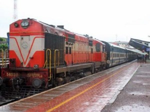 Railway Made Rupees 35 Thousand Crore By Selling Scrap