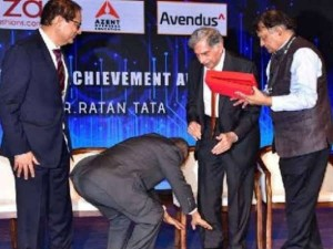Honor Infosys Founder Wins Heart By Touching Feet Of Ratan Tata