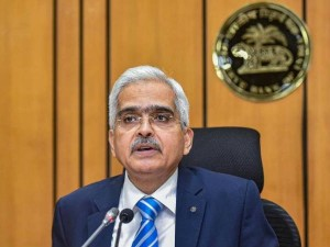 Rbi Governor Your Money In Private Banks Is Safe No Need To Panic