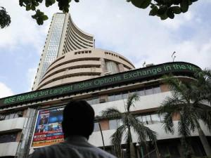Market Cap Of 7 Of The Top 10 Companies Of Sensex Decreased Last Week