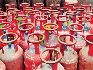 Know Why Subsidy Money For Lpg Cylinder Is Not Coming From Last 5 Months