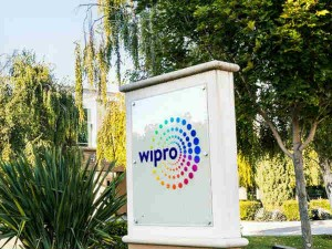 Wipro Gets Rs 2465 Crore Profit In July September Also Announced Buyback