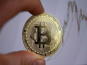 Bitcoin Reached All Time High Rate Exceeded Rs 37 Lakh