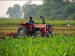 Country S First Cng Tractor Will Be Launched Today There Will Be A Savings Of About 1 Lakh Rupees An