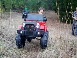 Electric Jeeps And Cars Come For Children Know The Rate