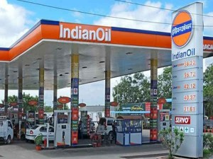 Indian Oil Hdfc Bank Credit Card Get 50 Litre Free Fuel Know The Full Offer