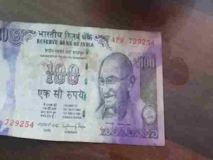 Holi Colors On Notes Know How To Replace Colored Notes Easily