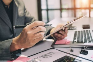 These 4 Important Financial Tasks Done Before April