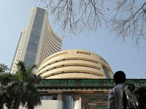 Sensex Closed Up By 393 Points But Ril Fell Sharply