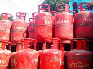 Lpg Opportunity To Buy A Cylinder For Rs 9 Only 8 Days Left For The Offer