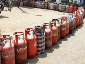 Domestic Gas Cylinders Became Costlier By An Average Of Rs 25 From 18 August