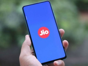 Jio Offer Plan Phone For Free Get 2 Years Of Calling And Data Benefits Together