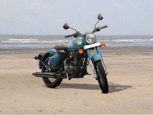 Royal Enfield Classic Only 1 Year Old Bike Is Available At Very Low Price Know Where
